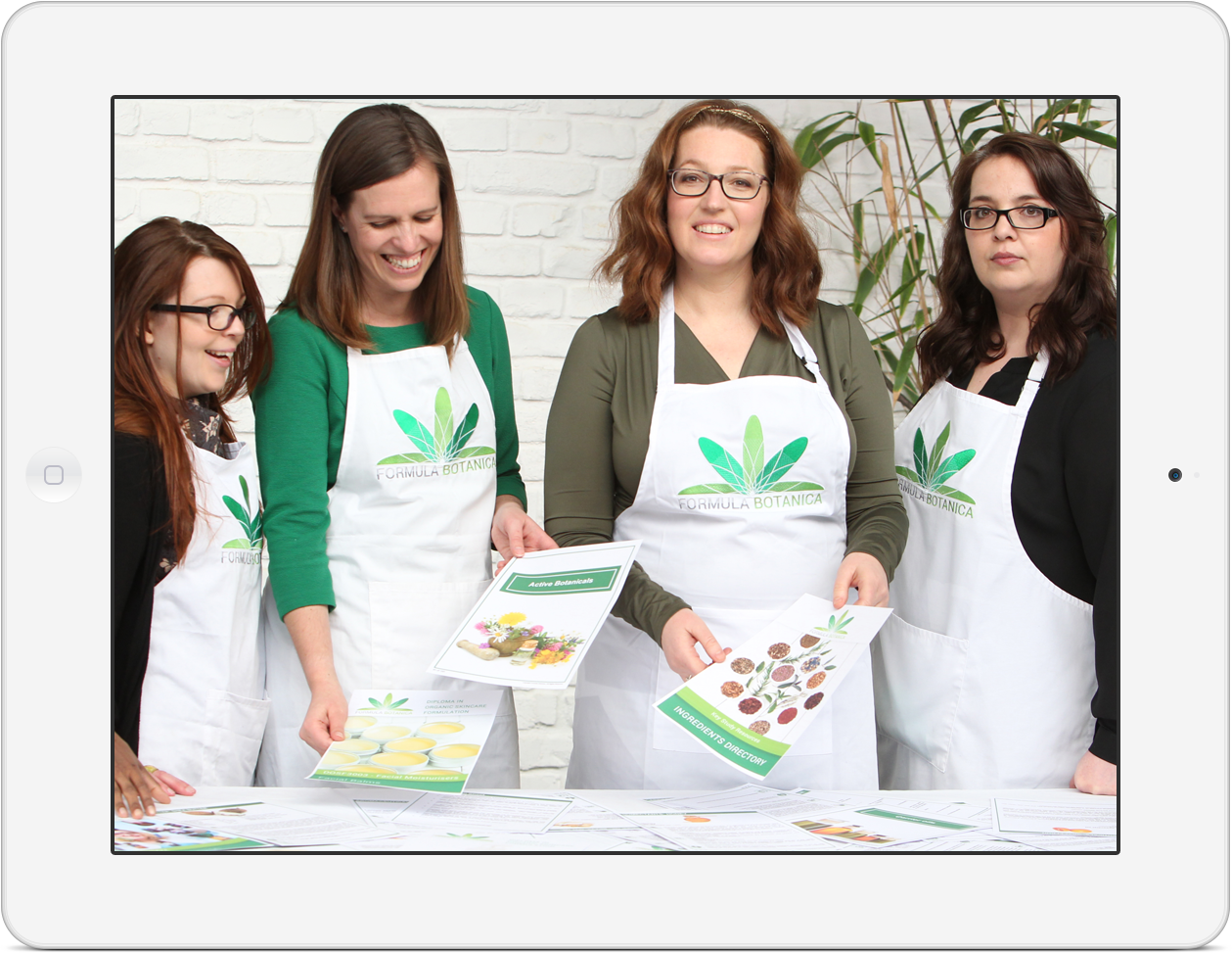 Meet the Formula Botanica Team