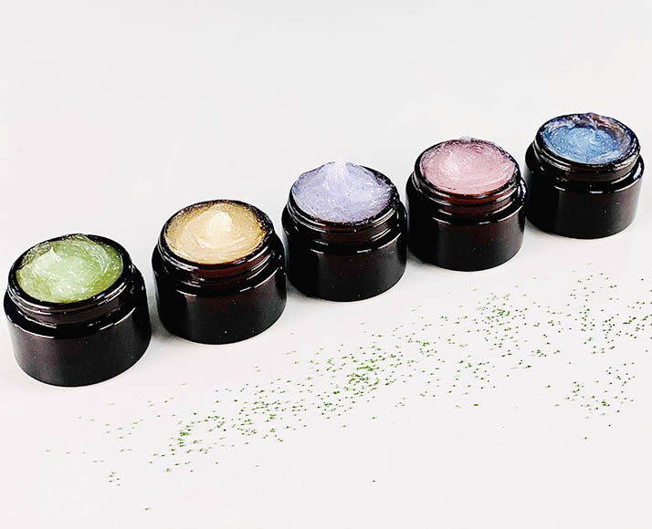 2021-07 coloured oleogel cleansers